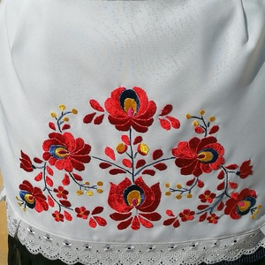 Piros matyó (Mariann1970) - Meska.hu