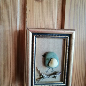 Kacicsmadár, Otthon & lakás, Dekoráció, Kép, Mozaik, 5,5x7,5 cm-es régi kis arany keretben kavicsmadár., Meska