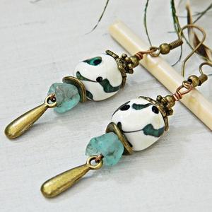 Olivia - rusztikus lámpagyöngy fülbevaló, beige kék üveggyöngy fülbevaló, bohém fülbevaló, boho fülbevaló (marianne) - Meska.hu