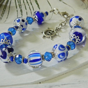 Tintakék - klasszikus lámpagyöngy karkötő, alkalmi üveggyöngy karkötő, kék fehér karkötő, elegáns üvegékszer (marianne) - Meska.hu