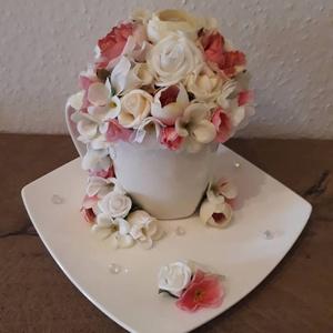Kerámia csésze, virágokkal, Csokor & Virágdísz, Dekoráció, Otthon & Lakás, Virágkötés, Mindenmás, A képen látható terméket saját kezűleg készítettem, egyedi kérésre.\nKerámia csészét díszítettem, jó ..., Meska