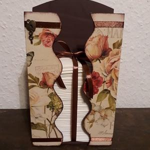 Romantikus, vintage papírzsebkendőtartó!, Zsebkendőtartó, Tárolás & Rendszerezés, Otthon & Lakás, Decoupage, transzfer és szalvétatechnika, A papírzsebkendő tárolót natúr állapotban vásároltam.\nBelsejét barna akril festékkel festettem, küls..., Meska