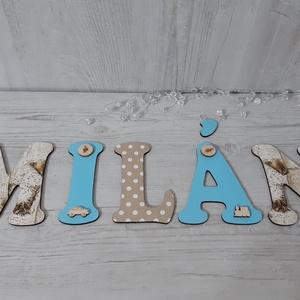 Egyedi baba/gyerekszoba dekorációk, nevek, betűk, feliratok!, Gyerek & játék, Baba-mama kellék, Gyerekszoba, Otthon & lakás, Dekoráció, Dísz, Decoupage, transzfer és szalvétatechnika, A képen látható betűk/név egyedi kérés alapján készült.A betűk szalvétával, és apró fa díszekkel let..., Meska