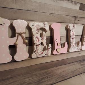 Egyedi baba/gyerekszoba dekorációk, nevek, betűk, feliratok!, Gyerek & játék, Baba-mama kellék, Gyerekszoba, Baba falikép, Otthon & lakás, Lakberendezés, Ajtódísz, kopogtató, Famegmunkálás, Decoupage, transzfer és szalvétatechnika,  A képen látható betűk/név egyedi kérés alapján készült.A betűk szalvétával, és apró fa díszekkel le..., Meska