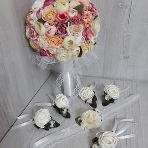 Menyasszonyi csokor! Örökcsokor! Esküvői csokor! Völegény kitűző! Esküvői dekoráció!, Menyasszonyi- és dobócsokor, Esküvő, Virágkötés, A képen látható menyasszonyi csokor kiváló minőségű, élethű selyemvirágokból készült.\nSzín, forma, m..., Meska