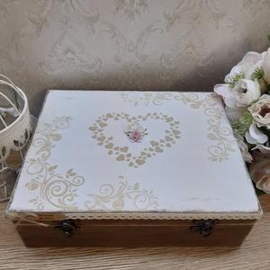 Vicces, romantikus ajándék esküvőre, lánybúcsúra! Nászajándék!, Nászajándék, Emlék & Ajándék, Esküvő, Decoupage, transzfer és szalvétatechnika, A képen látható szépséges, vintage ajándékdoboz tökéletes ajándék lehet esküvőre, lánybúcsúra!\nVicce..., Meska