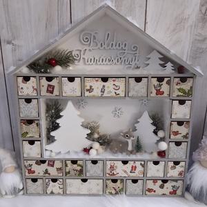 Csodaszép adventi naptár, házikó! Karácsonyi házikó! Adventi naptár!, Gyerek & játék, Gyerekszoba, Otthon & lakás, Dekoráció, Ünnepi dekoráció, Lakberendezés, Asztaldísz, Decoupage, transzfer és szalvétatechnika, A képen látható termék, az idei karácsony legnagyobb slágere, ami most a te otthonodat is díszítheti..., Meska