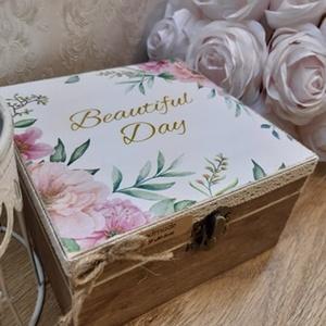 Nászajándék! Vicces, romantikus ajándék lánybúcsúra, esküvőre! , Esküvő, Emlék & Ajándék, Nászajándék, Decoupage, transzfer és szalvétatechnika, A képen látható doboz, igazi emlék maradhat az ifjú párnak, a nagy napról.\nBelsejébe igény szerint k..., Meska