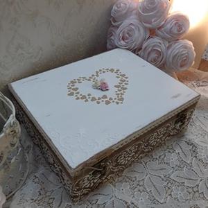 Vicces, romantikus esküvői ajándékdoboz, nászajándék!, Esküvő, Emlék & Ajándék, Nászajándék, Decoupage, transzfer és szalvétatechnika, A képen látható szépséges, vintage ajándékdoboz tökéletes ajándék lehet esküvőre, lánybúcsúra!\nVicce..., Meska