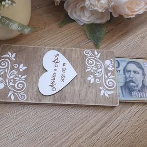 """ÚJDONSÁG! Pénzátadó doboz esküvőre, ballagásra!, Esküvő, Emlék & Ajándék, Nászajándék, Decoupage, transzfer és szalvétatechnika, Különleges kis ajándék készült a műhelyemben. :)\nEgyre kevesebben szeretik a \""""borítékos\"""" pénzátadást..., Meska"""