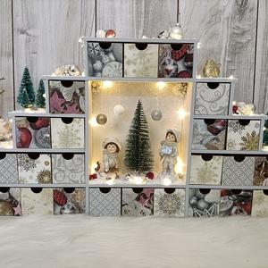 ÚJDONSÁG! PRÉMIUM kategóriájú, adventi naptár, LED világítással, elegáns formával, kerámia figurákkal! Karácsony! - Meska.hu