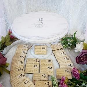 Esküvői köszönőajándék/ ültetőkártya : hűtőmágnes téglalap, Esküvő, Dekoráció, Asztaldísz, Gravírozás, pirográfia, Bármilyen formában kérhető gravírozott hűtőmágnes köszönőajándéknak vagy névvel ellátva köszönőajánd..., Meska