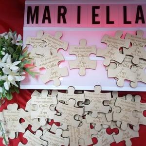 Esküvői köszönőajándék/ ültetőkártya : hűtőmágnes puzzle, Esküvő, Dekoráció, Asztaldísz, Gravírozás, pirográfia, Bármilyen formában kérhető gravírozott hűtőmágnes köszönőajándéknak vagy névvel ellátva köszönőajánd..., Meska