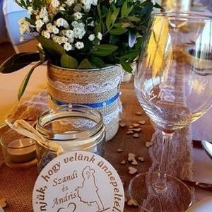 """Esküvői köszönőajándék/ ültetőkártya : poháralátét, Esküvő, Dekoráció, Asztaldísz, Gravírozás, pirográfia, A köszönőajándék egy kedves gesztus az ifjú pártól, mellyel megköszönik a vendégeknek,\n\nhogy a """"Nagy..., Meska"""