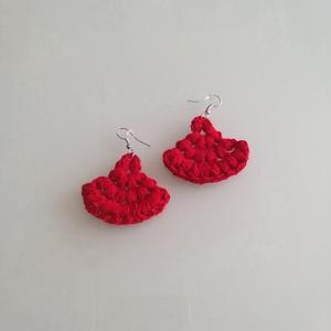 Piros legyezős fülbevaló, Ékszer, Fülbevaló, Horgolás, Piros színben készült a legyezős fülbevaló.\n, Meska