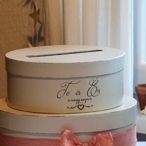 Esküvői boríték gyűjtő doboz, emeletes kicsi, Esküvő, Emlék & Ajándék, Doboz, Festett tárgyak, Mindenmás, Elegáns, festett boríték gyűjtő doboz , melyben a menyasszonyi torta formája köszön vissza.\nTört feh..., Meska