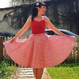 Piros kockás Rockabilly szoknya, körszoknya, Szoknya, Női ruha, Ruha & Divat, Varrás, Pirods fehér kockás rockabilly, pinup szoknya. 100% pamut.\nAlsószoknya nélkül.\nElérhető xs-3xl méret..., Meska