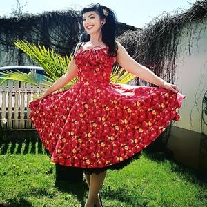 Pinup Rockabilly ruha piros alma mintás, gyümölcs, Ruha, Női ruha, Ruha & Divat, Varrás, Piros alma mintás rockabilly, pinup ruha. 100% pamut.\nAlsószoknya nélkül.\nElérhető xs-3xl méretben.\n..., Meska