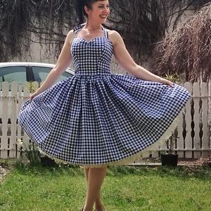 Pinup Rockabilly ruha kék fehér kockás, Ruha & Divat, Női ruha, Ruha, Varrás, Kék fehér kockás rockabilly, pinup ruha. 100% pamut.\nAlsószoknya nélkül.\nElérhető xs-3xl méretben.\nP..., Meska