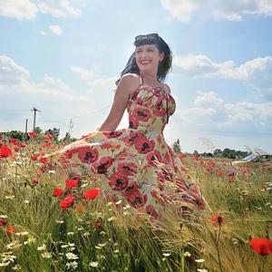 Pinup Rockabilly ruha nagy pipacs mintás, virágos, Ruha & Divat, Női ruha, Ruha, Varrás, Pipacs mintás rockabilly, pinup ruha.  Kevertszalas  vászon.\nAlsószoknya nélkül.\nElérhető xs-3xl mér..., Meska