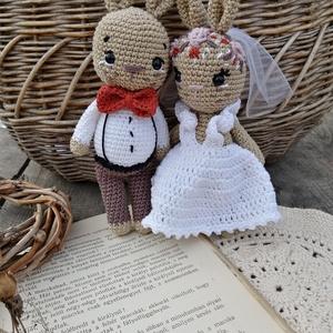 Menyasszony vőlegény esküvői nyuszi pár nászajándék, Esküvő, Emlék & Ajándék, Nászajándék, Horgolás, Ezt az édes nyuszipárt esküvőre ajánlom, szép és maradandó ajándék lehet az ifjú párnak. Egyeztetés ..., Meska