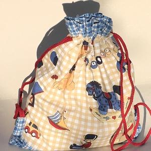Kék-drapp hátizsák/tornazsák, Gyerek & játék, Táska, Divat & Szépség, Táska, Hátizsák, Varrás, Patchwork, foltvarrás, Mindenki jár kirándulni, nyaralni, hátán hátizsákkal, a kis tulajdonosa büszkén viheti a saját kis e..., Meska