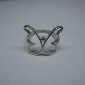Nagy Pillangós gyűrű, Figurális gyűrű, Gyűrű, Ékszer, Ékszerkészítés, Ötvös, Méretre készülő pillangós gyűrű ezüstből. Fémjelzett ékszer, Meska