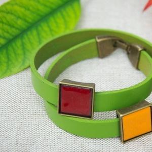 Egyedi valódi bőr karkötő őszi színekben tűzzománc rátétekkel - akár párban is (MatisZomanc) - Meska.hu
