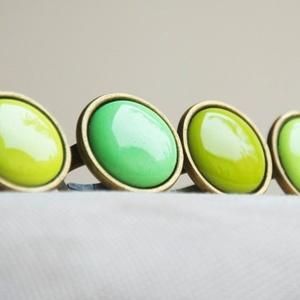 Chartreuse zöld kerek tűzzománc gyűrű (MatisZomanc) - Meska.hu