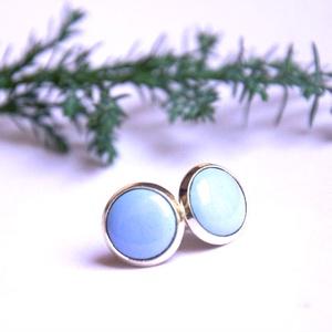 PiciKék - Horizont kék mini tűzzománc bedugós pötty fülbevaló , Ékszer, Fülbevaló, Ékszerkészítés, Tűzzománc, A szolidabb stílus kedvelőinek készült ez a horizonthorizont kék (égkék, világos kék) tűzzománc mini..., Meska