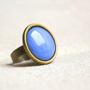 Harangvirág kék kerek tűzzománc gyűrű , Szoliter gyűrű, Gyűrű, Ékszer, Ékszerkészítés, Tűzzománc, Ez a harangvirág kék (bluebell, világos kék) kerek tűzzománc gyűrű antik réz/bronz színű foglalatban..., Meska