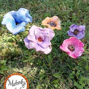 virág 5db, Otthon & lakás, Lakberendezés, Kerti dísz, Kaspó, virágtartó, váza, korsó, cserép, Kerámia, Festett tárgyak, Egyedi kézzel formázott (nem sablon alapján készült )festett kerámia.\nRozsdamentes acél a szára mére..., Meska
