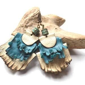 Etno-Indian girl-fülbevaló valódi bőrből, Rojtos fülbevaló, Fülbevaló, Ékszer, Bőrművesség, Ékszerkészítés, Egyedi és különleges lógós fülbevaló, valódi bőrből saját ötleteim alapján  készült.\nHétköznapokra é..., Meska