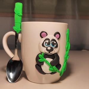 Pandás bögre hozzá illő kanállal, Otthon & Lakás, Konyhafelszerelés, Bögre & Csésze, Gyurma, Cuki pandamacis bögre, annak, akinek mindene a panda, vagy csak szereti az állatokat.\nEgyik kedvenc ..., Meska