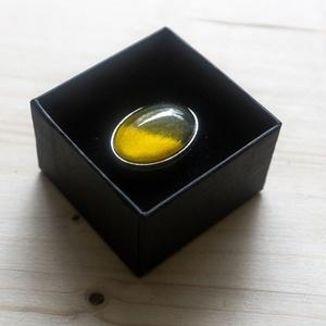 kézzel festett üveglencsés gyűrű, Ékszer, Gyűrű, Üveglencsés gyűrű, Ékszerkészítés,  -kézzel festett üveglencsés gyűrű\n\nÉlvezd ezt az egyedülálló alkotást mint dekoratív kiegészítőt, m..., Meska