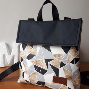 MAY\'R  city bag táska/hátitáska, Táska & Tok, Hátizsák, Roll top hátizsák, Varrás, Textilbőr és vastag vászonanyag nászából született ez a táska.\nbélése, 100 % pamutvászon, amit egy c..., Meska