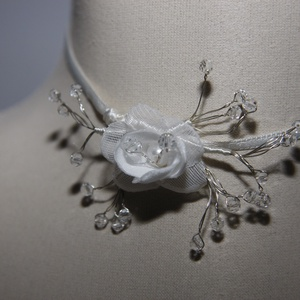 Menyasszonyi nyaklánc,ékszer,kis rózsa kristályokkal,fehér - Meska.hu