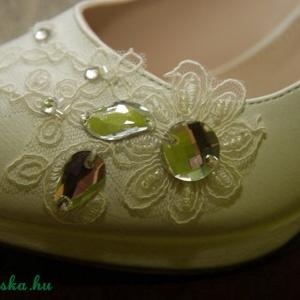 Menyasszonyi platform cipő,egyedi díszítéssel,krém 37-es (MBTimi) - Meska.hu