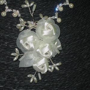 Menyasszonyi nyaklánc,ékszer krém virágos,strassz (MBTimi) - Meska.hu