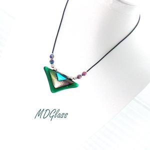 Türkiz-zöld szögek üvegékszer szett, nyaklánc, stiftes fülbevaló - ékszer - ékszerszett - Meska.hu