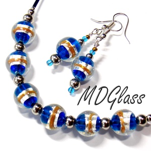 Kék-ezüst-arany csíkos üvegékszer szett lámpagyöngy nyaklánc lógós fülbevaló, Ékszer, Ékszerszett, Ékszerkészítés, Üvegművészet, Meska