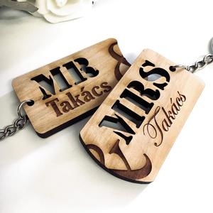 Házaspár tömörfa páros kulcstartó + egyedi gravírozás, Egyéb, Kulcstartó, táskadísz, Táska, Divat & Szépség, Szerelmeseknek, Ünnepi dekoráció, Dekoráció, Otthon & lakás, Famegmunkálás, Gravírozás, pirográfia, Gravírozott fa páros kulcstartók házaspároknak!\n\nAz ár egy pár (2db) kulcstartóra vonatkozik!\n\nVasta..., Meska