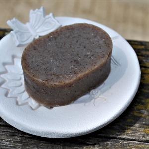 Kender olajos sampon szappan fekete Himalaya sóval, shikakai porral, jázmin vajjal, csalánnal környezettudatos ajándék (medalin) - Meska.hu