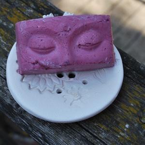 Akció! Szappan mentes tus tömb szilárd tusfürdő lila agyaggal Cashmere parfümolajjal és szőlőmag olajjal (medalin) - Meska.hu