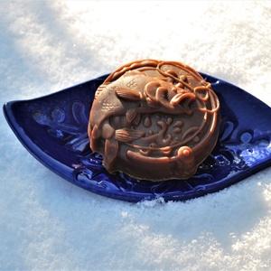 Mentolos csokoládé szappan kender és avokádó olajjal zöld dióval horgászoknak férfinak egyedi természetes vegán ajándék, Szépségápolás, Szappan & Fürdés, Szappan, Kozmetikum készítés, Szappankészítés, Ezt a mentolos csokoládé szappant valódi étcsokoládéval és prémium kakaóvajjal készítettem.\nTermésze..., Meska
