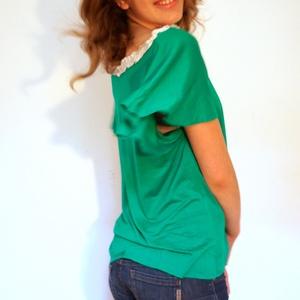 Pillangóujju póló, Ruha & Divat, Női ruha, Póló, felső, Varrás, Fodros rövidujjú póló.  Elegáns, vidám, laza, könnyű nyári viselet.  Van készleten, de készülhet mér..., Meska