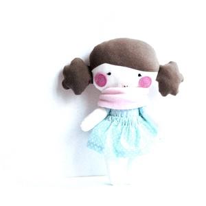 Textil baba Rongybaba Játék baba Játékbaba Türkiz Rózsaszín Fehér Pöttyös, Játék, Gyerek & játék, Baba, babaház, Játékfigura, Varrás, Textil baba levehető pöttyös szoknyával és rózsaszín bébiplüss sállal.\nMagassága 25 cm. \nFém és műan..., Meska