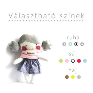 Baba választható színekkel, hímzett névvel- Textil baba Rongybaba Játék baba Játékbaba, Gyerek & játék, Játék, Baba, babaház, Játékfigura, Varrás, A baba rendelésre készül.\nKérlek, hogy a vásárlási folyamatban vagy a vásárlást követően érkező tájé..., Meska