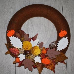 Őszi ajtókoszorú őszi kopogtató, Otthon & lakás, Dekoráció, Lakberendezés, Koszorú, Mindenmás, Virágkötés, Könnyű hungarocell koszorú alapot bevontam ,majd őszi termésekkel, díszekkel dekoráltam., Meska