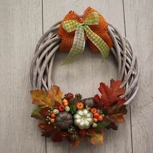 Őszi ajtódísz, kopogtató, Otthon & lakás, Dekoráció, Lakberendezés, Ajtódísz, kopogtató, Mindenmás, Virágkötés, Fonott koszorú alapot díszítettem az ősz hangulatának jegyében., Meska